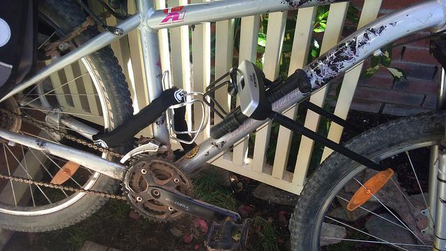 Bicicleta con doble candado
