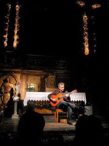 Guitarra española en Barcelona, Pedro Javier González