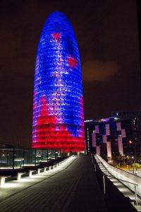 Torre Agbar, espectáculo de luz, color y sonido