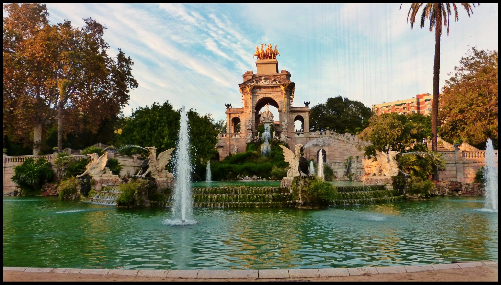 Sitios para leer en barcelona for Sitios donde casarse en barcelona