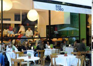 Cenar en terraza en Barcelona