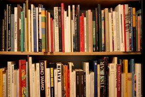 bibliotecas de gracia en barcelona