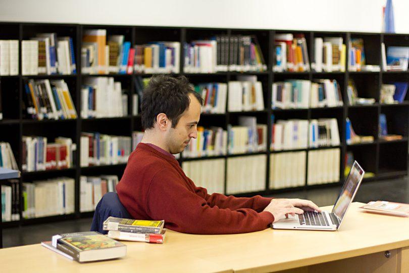 bibliotecas gracia barcelona