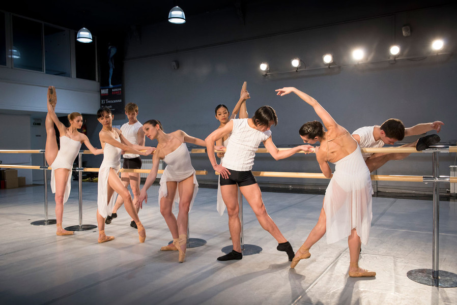 Escuelas de ballet de barcelona for Escuelas de moda en barcelona