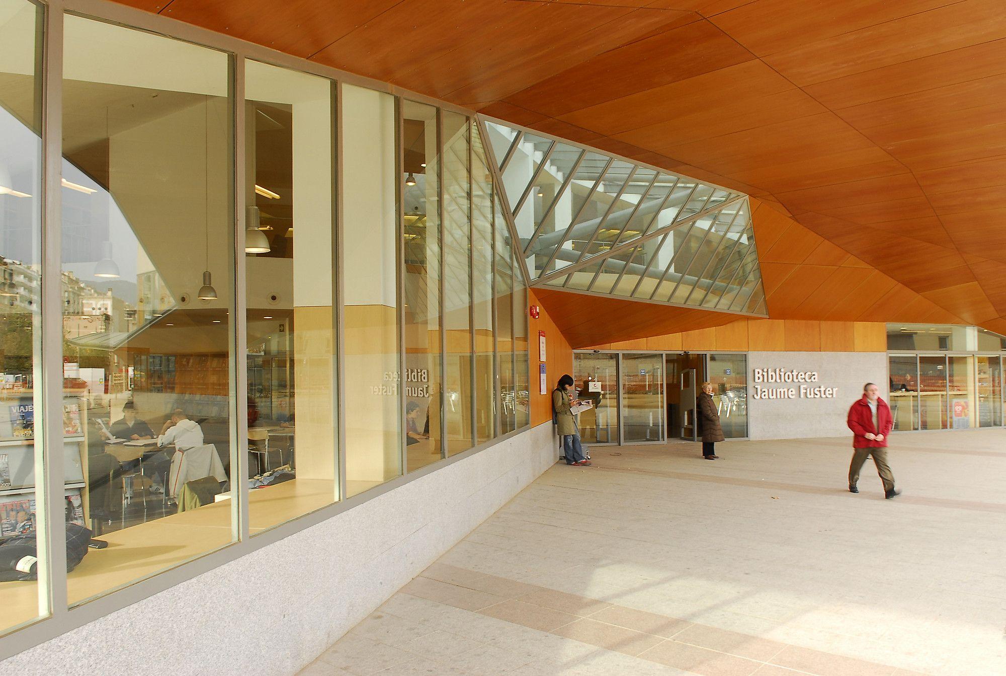 Bibliotecas de barcelona donde estudiar los domingos for Donde estudiar cocina