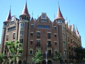 monumentos eixample barcelona