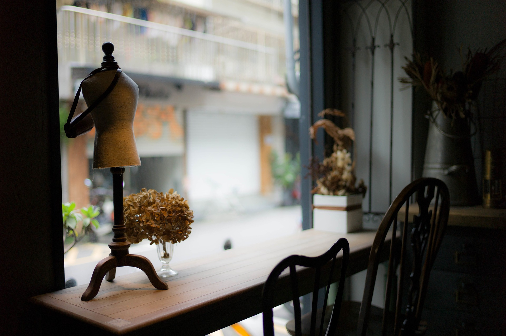 D nde comprar bisuter a en barcelona diario de viaje - Muebles vintage en barcelona ...