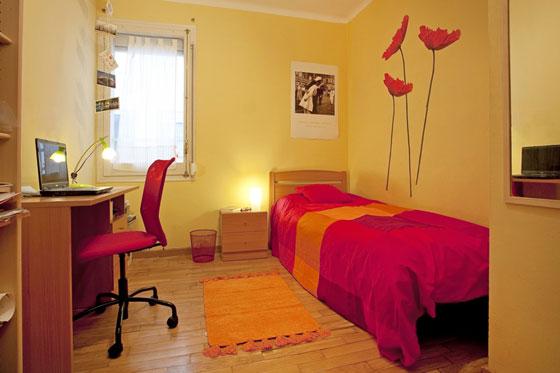 Decorar una habitaci n de estudiantes for Dormitorios para universitarios