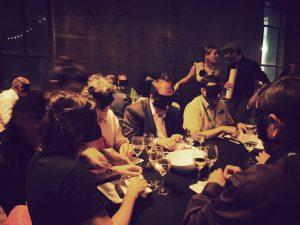 Imagen: http://www.aspasios.com/descubre-barcelona/es/restaurante-dans-le-noir-experiencia-unica-en-la-oscuridad/