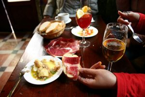 tapear en barcelona, bares de tapas en sagrada familia