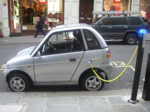 dónde recargar los coches eléctricos en Barcelona