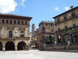 Imagen de la Plaza principal del Pueblo Español