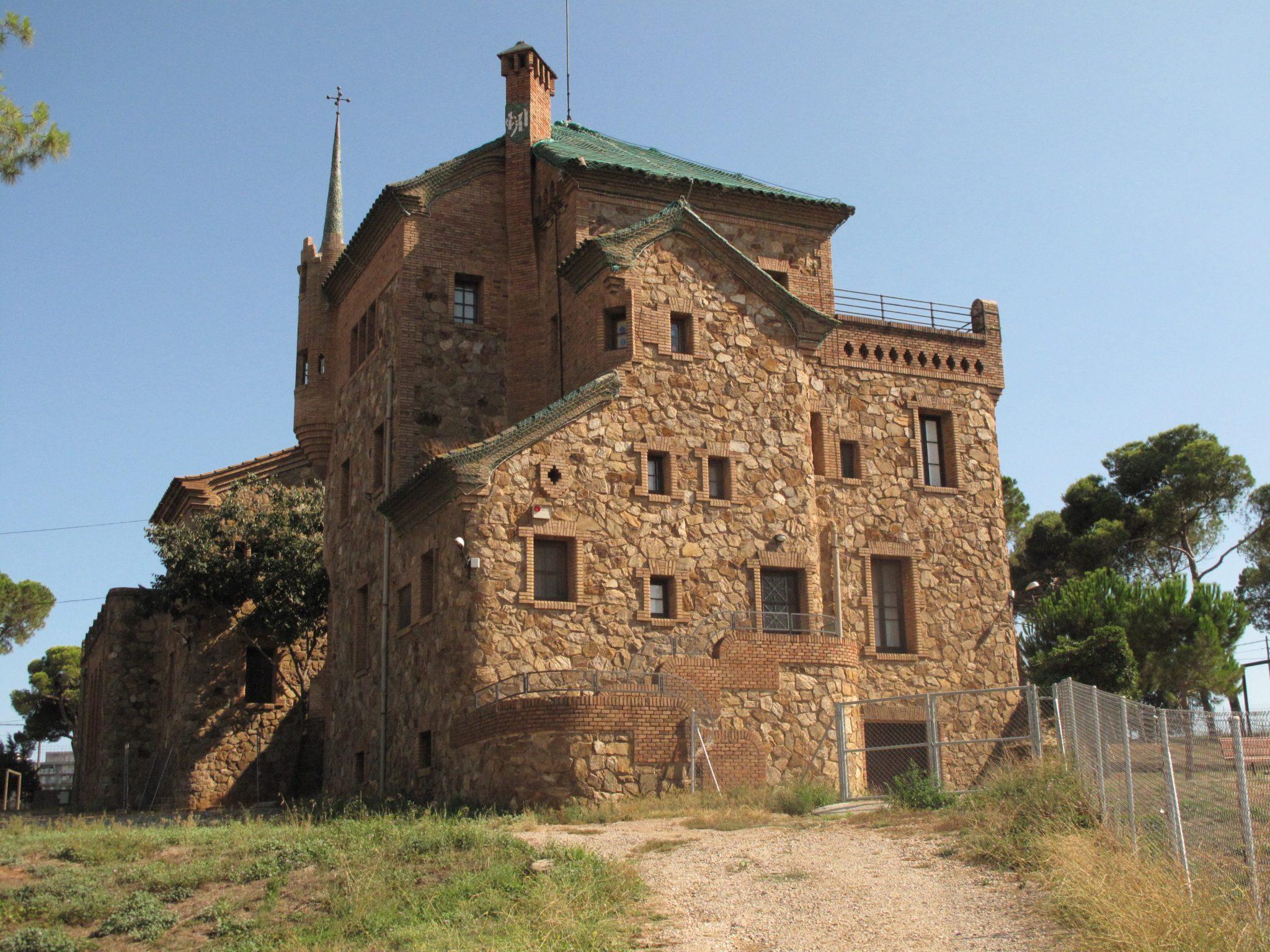 La colonia g ell shbarcelona diario de viaje barcelona - Idea casa biancheria mestre ...