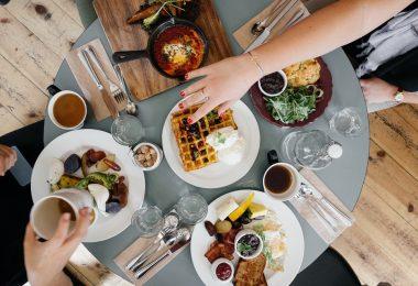desayunos de cuchillo y tenedor en Barcelona