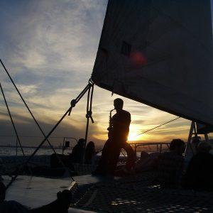 paseos en barco por barcelona