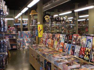 estantes llenos de cómics en una tienda