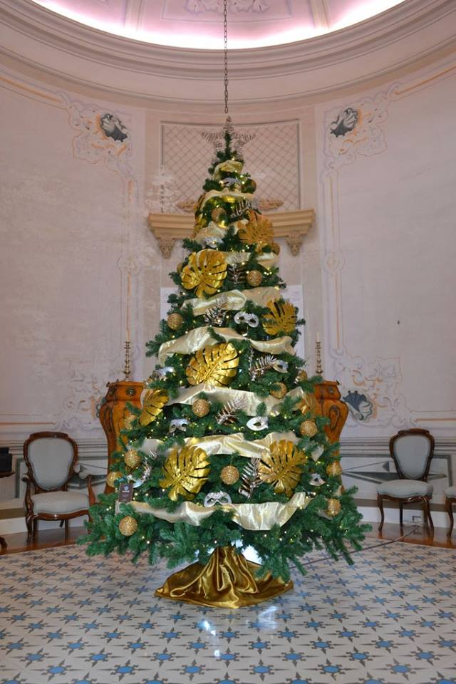 Esta navidad decora tu casa u oficina con cor d 39 estel - Como se decora un arbol de navidad ...