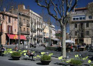 foto de la plaza principal de sarrià