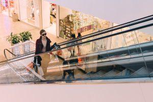 Tiendas de ropa cerca de la Plaza Cataluña de Barcelona ... 711341341f3