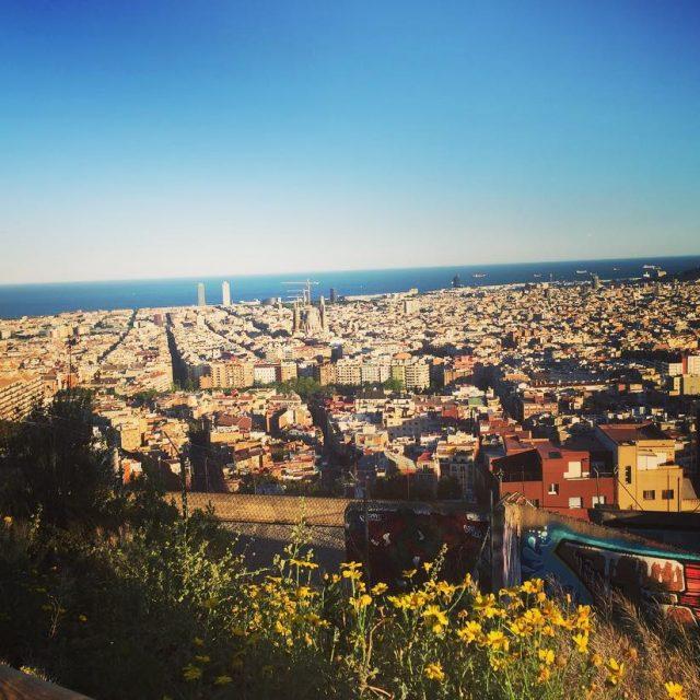 Barcelona desde Los Bunkers del Carmel vistas privilegiadas bunkersdelcarmel barcelonahellip