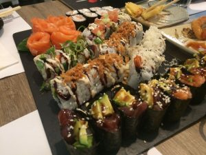 Magnificent Buffet Libre De Sushi En Barcelona Shbarcelona Diario De Download Free Architecture Designs Ogrambritishbridgeorg
