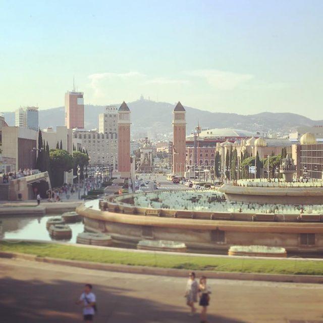 Algn da fuiste a Montjuc? montjuic barcelona fuentes placeespanya catalunyahellip