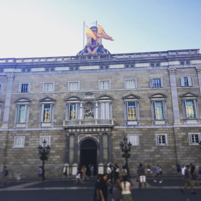 El Palacio de la Generalidad de Catalua plaasantjaume catalua catalunyahellip