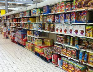 pasillos interior de Condis Supermercat