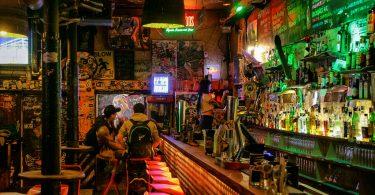 bares tapas gótico barcelona, bares alternativos gótico barcelona, bares para tomar algo gótico barcelona