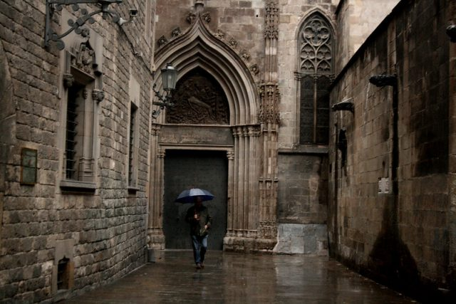 ciudad condal barcelona barrio gótico