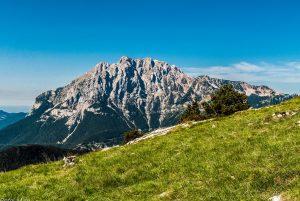 vista espectacular del pico de la montaña