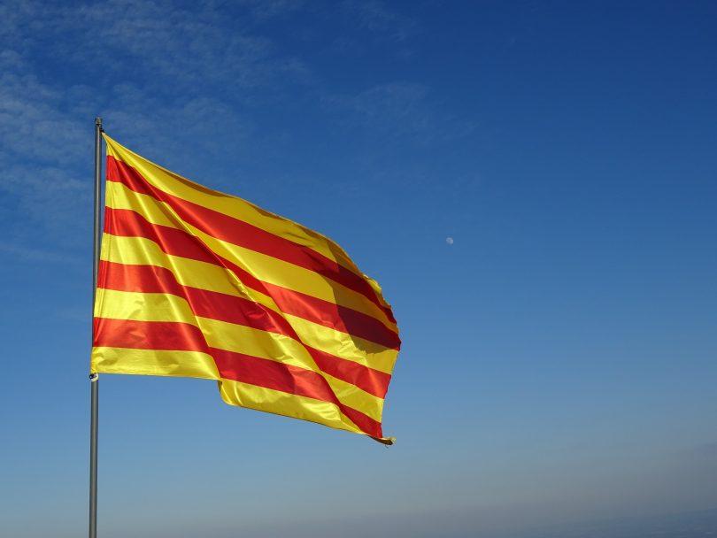 90693c2582962 La Señera  Historia de la bandera autonómica de Cataluña ...