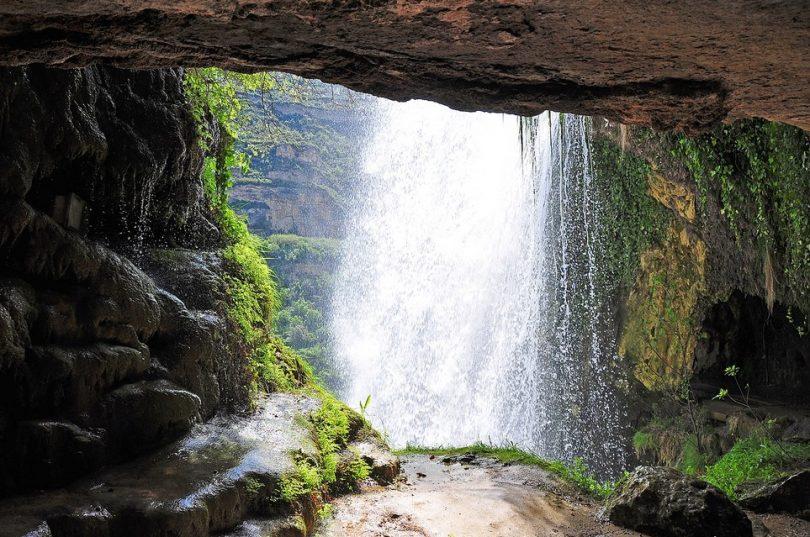 cascadas cerca de Barcelona, saltos de agua Barcelona