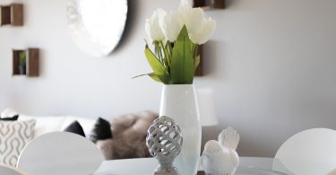 decoración com home staging florero con plantas