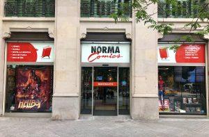 Entrada principal a Norma Comics