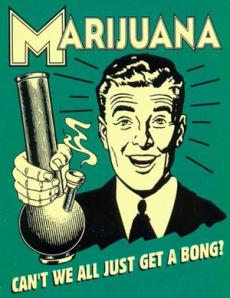Hombre fumando marihuana.