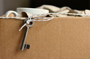 Imagen de una caja en un traslado