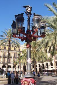 Farolas de la plaça Reial