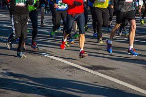Imagen de unas personas en una maratón