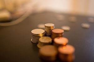 Imagen de monedas apiladas