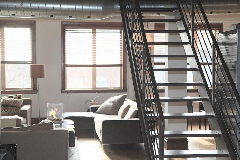 interior de un loft de estilo industrial
