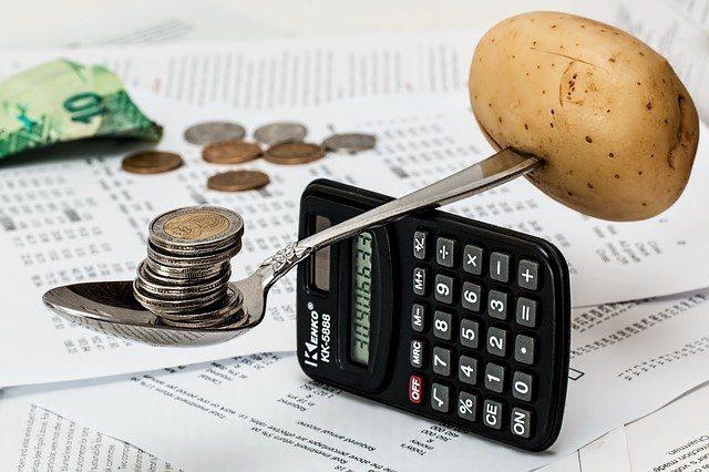 Calculadora simulando uma balança artesanal