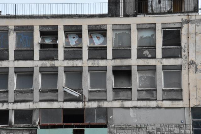edificio abandonado como evitar que ocupen en tu casa