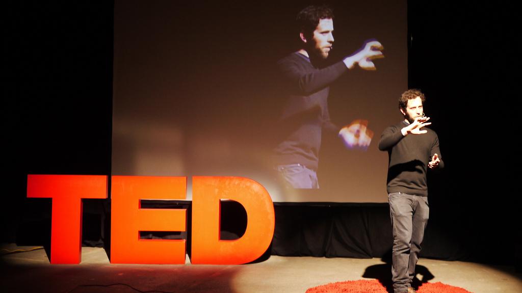 Un ponente de TEDTalks
