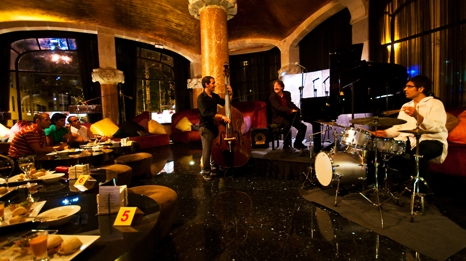 Cena mientras escuchas jazz en barcelona diario de viaje barcelona gu a de eventos cultura - Restaurante casa fuster barcelona ...