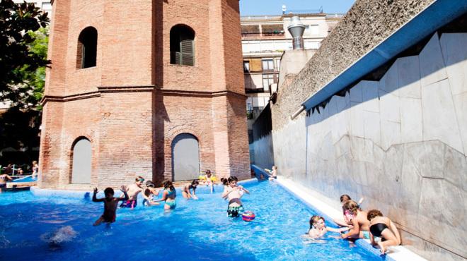 Piscinas p blicas de barcelona diario de viaje barcelona for Piscina can drago horarios