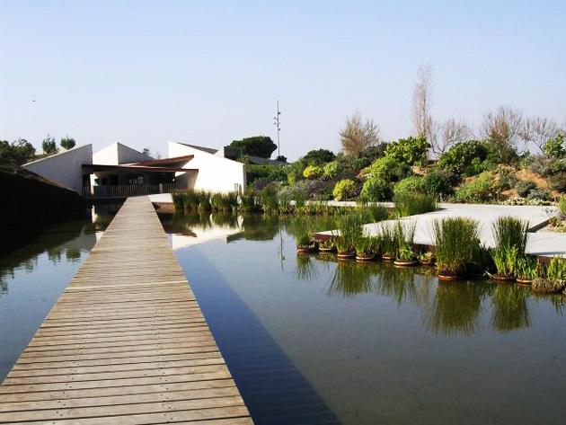 Parques bonitos de barcelona diario de viaje barcelona for Jardin botanico montjuic