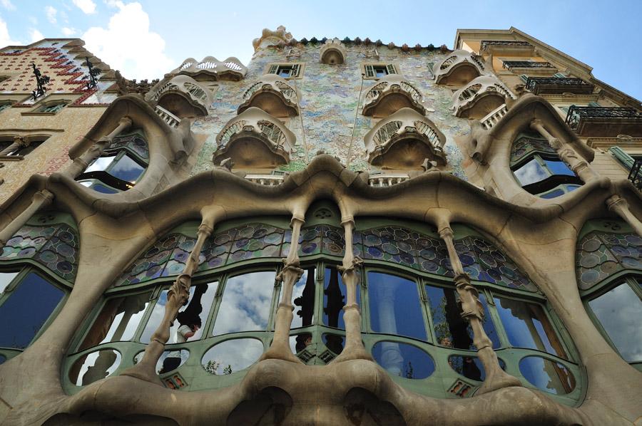 La casa batll de barcelona diario de viaje barcelona - La casa de las lamparas barcelona ...